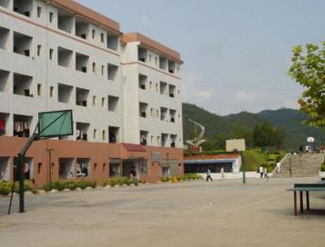 黔东南州技校