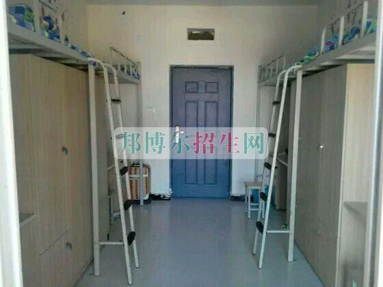 重庆经贸职业学院宿舍
