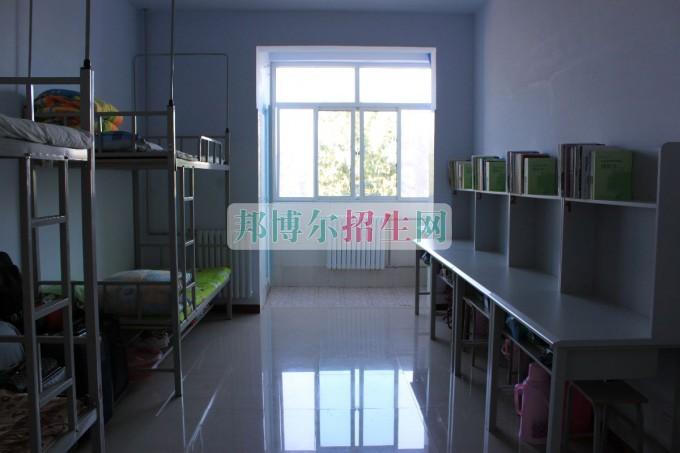 上海金融学院宿舍条件
