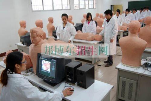 初中毕业能上临床医学吗