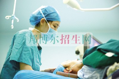初中毕业能考麻醉学吗