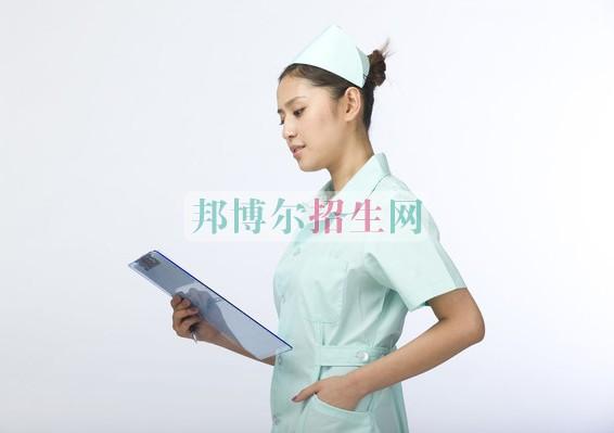 女生读高级护理怎么样