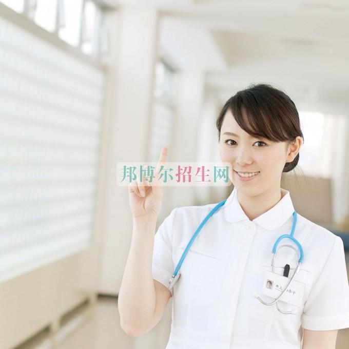 初中毕业能考涉外护理吗