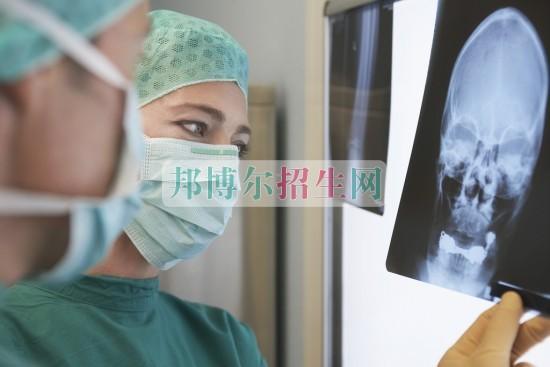 女生学医学影像专业有前途吗