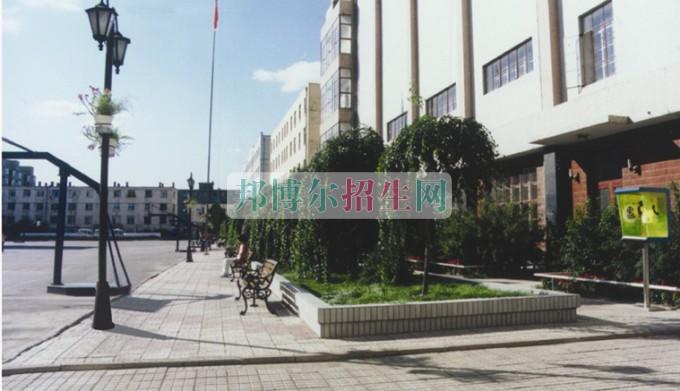 黑龙江粮食职业学院招生办联系电话