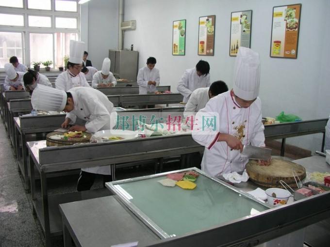 成都大专学校有哪些有烹饪工艺与营养