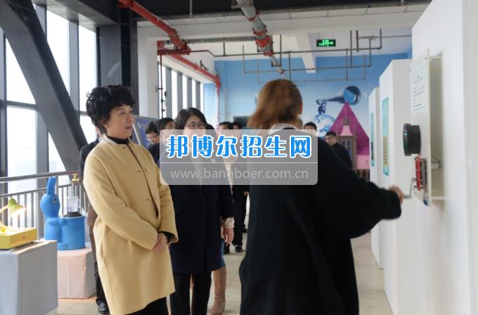 市委常委、宣传部长潘梅到川南幼儿师范高等专科学校调研思想政治工作