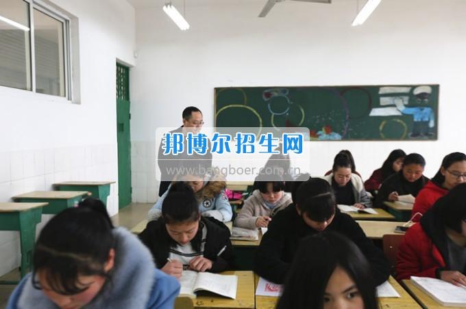 川北幼儿师范高等专科学校上好新学期第一课 严把课堂教学质量关