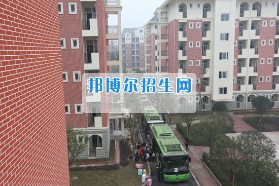 重庆教育管理学校新学校新希望新征程