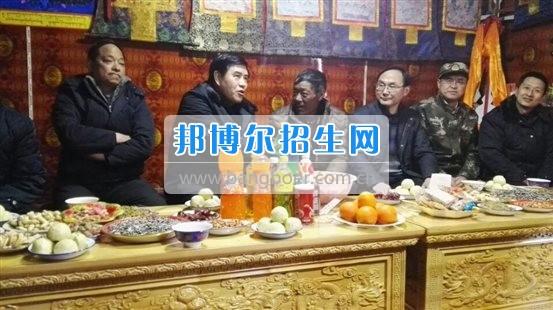 成都师范学院副校长李仲辉赴道孚县开展脱贫攻坚调研督导