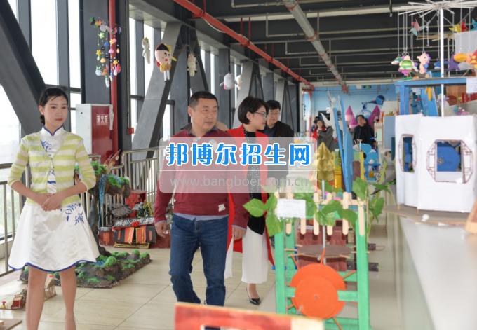2017年西南科技大学党委副书记张强一行到川南幼儿师范高等专科学校考察
