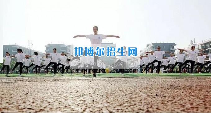 郫都区古城镇2017年春季运动会在成都机电工程学校成功举办