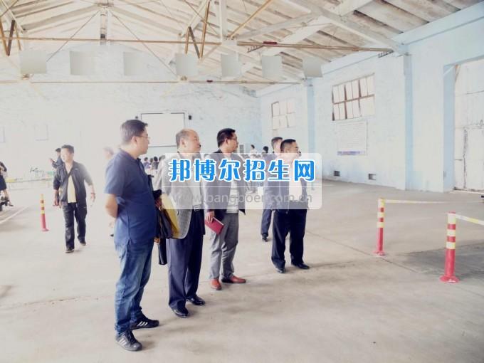 市人大督查组到六盘水职业技术学院