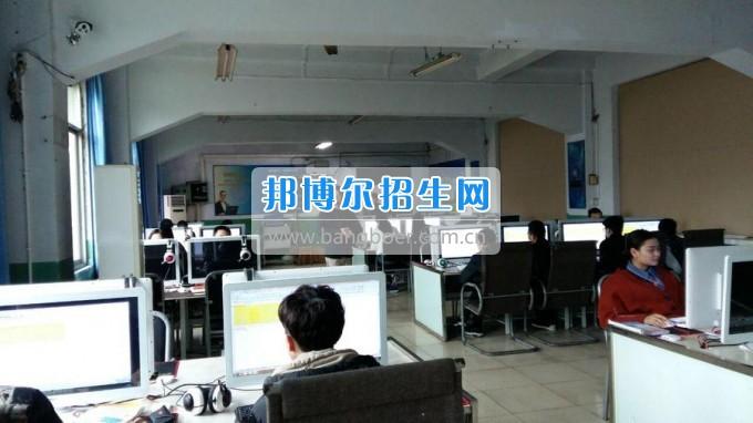 2017年涪城区教研协作体绵阳市航空职业学校教学研修活动