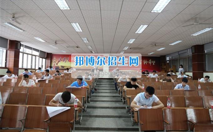 第九届职业技能竞赛七院选拔赛工具钳工项目在四川航天职业技术学院举行
