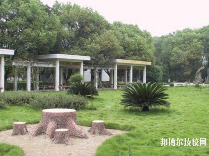 南昌铁路保安中等专业学校5
