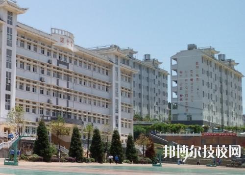 黔东南州技校2020年报名条件、招生要求、招生对象