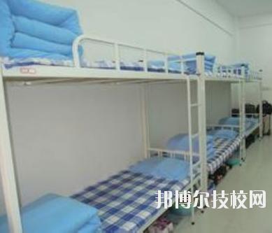 重庆鱼嘴职业高级中学2020年宿舍条件