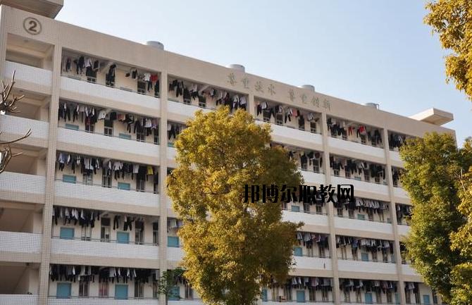 潮州高级技工学校2020年宿舍条件