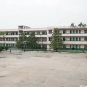 荆门财经学校