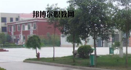 郑州商贸技师学院2021年招生办联系电话