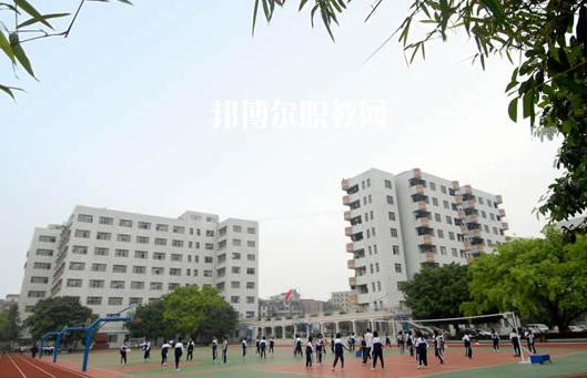 广州医药职业学校2020年报名条件、招生要求、招生对象