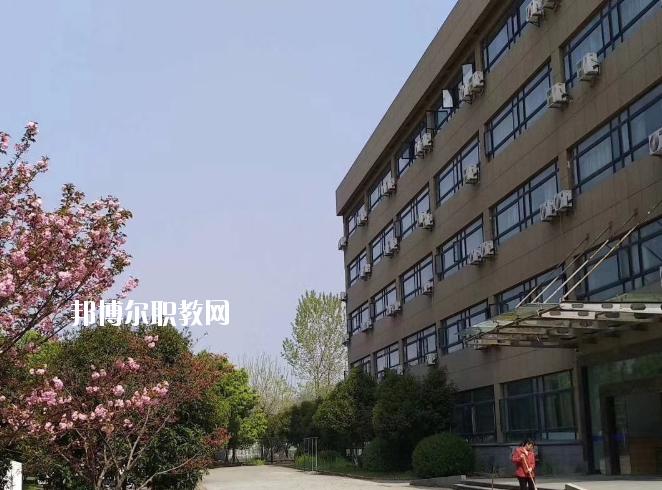 浙江新世纪经贸专修学院2020年招生办联系电话