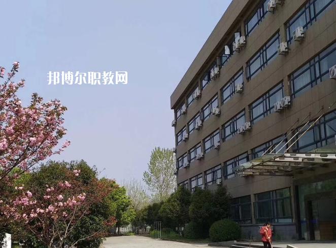 浙江新世纪经贸专修学院地址在哪里