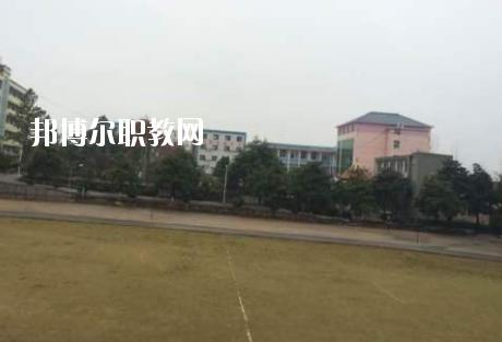 黄冈实验技工学校1