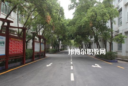 惠州理工职业技术学校2020年报名条件、招生要求、招生对象