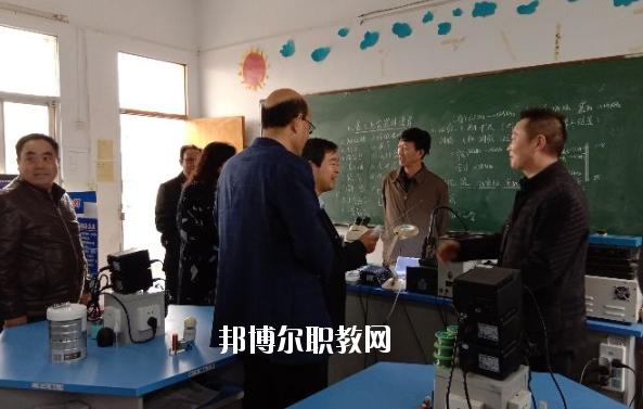 枣阳第二职业高级中学3