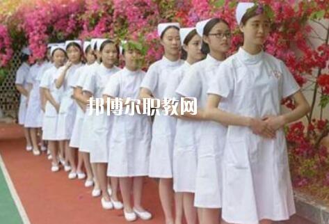 重庆2020年初中生可以读卫校吗