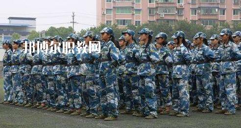 重庆2021年男生学什么卫校好