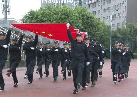 重庆2021年男生读什么卫校