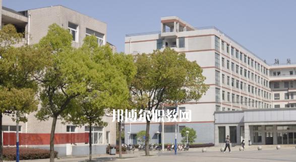 安徽玉成汽车职业学校2020年报名条件、招生要求、招生对象