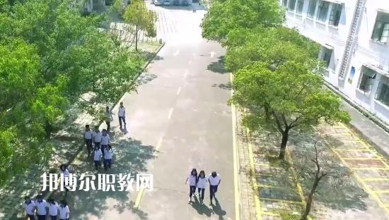 德庆县中等职业学校2021年招生办联系电话