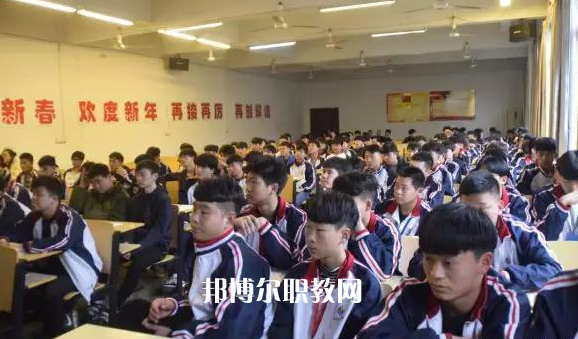 杭州現代技工學校3