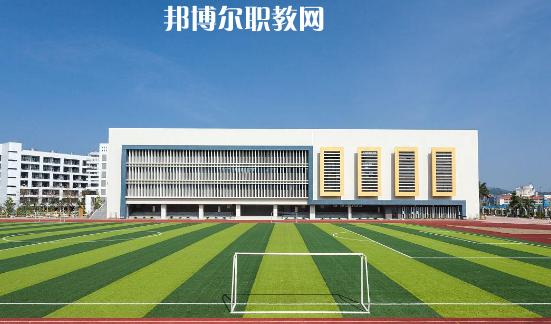 四川2021年高中跟中专的区别