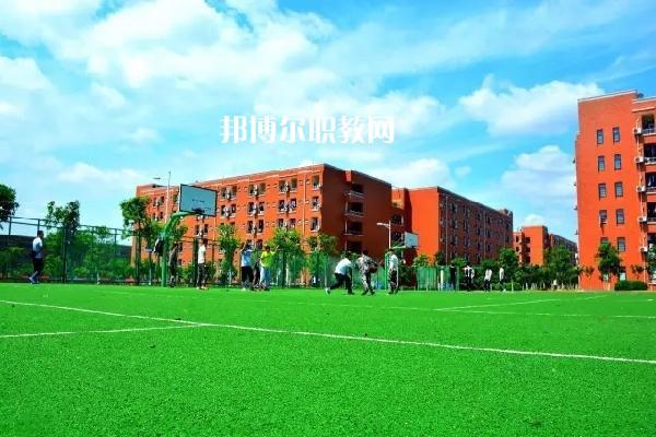 广东2021年中学毕业上什么中专学校