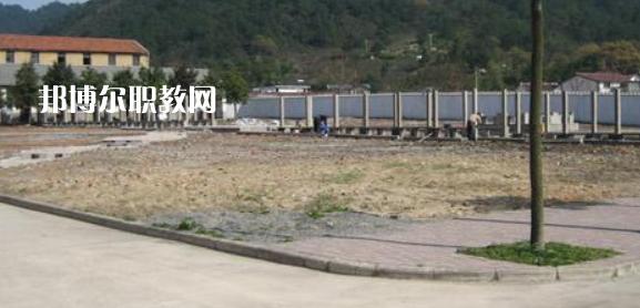 泾县技工学校2021年宿舍条件