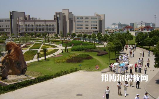 安徽2021年汽修学校好点的大专学校