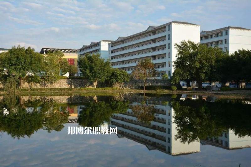 广东2021年上中专学校好不好