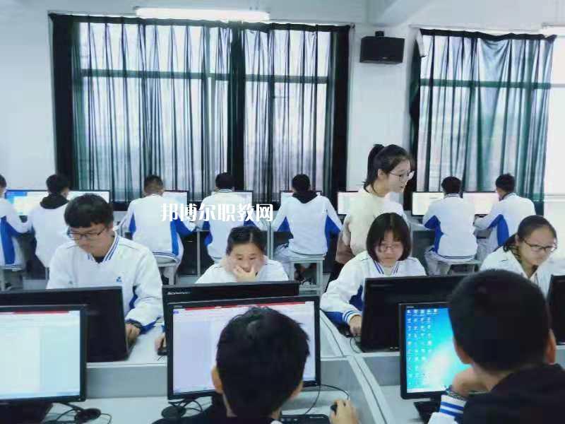 广东2021年现在读中专学校什么专业好