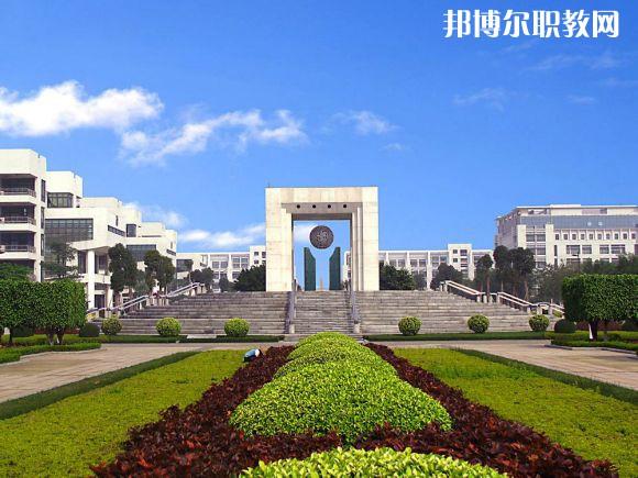 广东2021年读中专学校能考大学吗